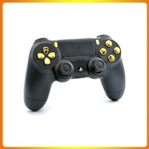 Black/Gold PS4 PRO Smart